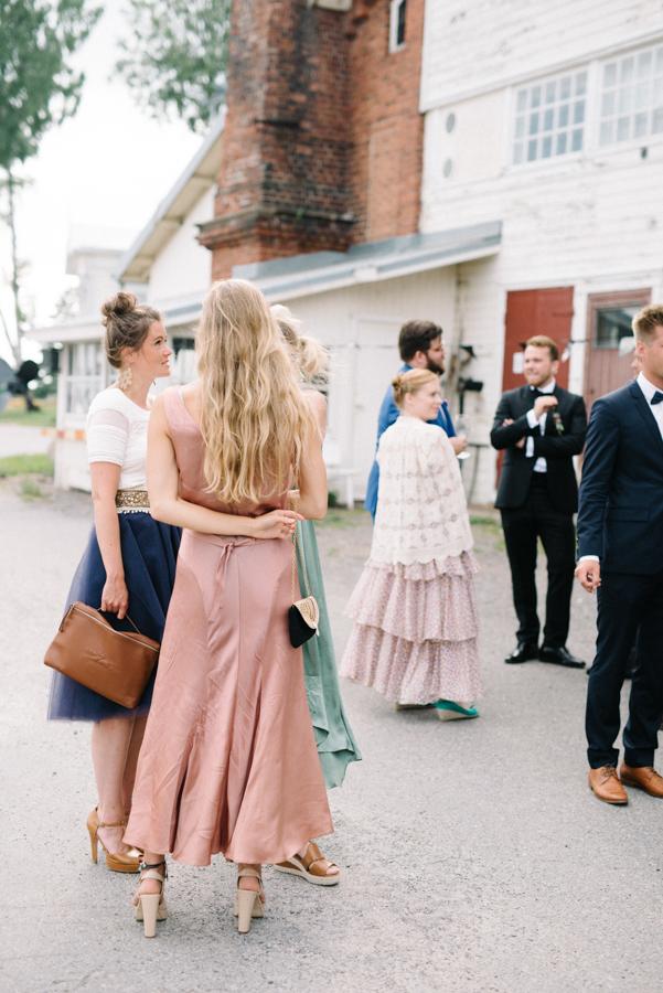 Anni&Karri's Seaside wedding at Ruissalon Telakka, Veneveistämö, Turku Hääkuvaus (128).jpg