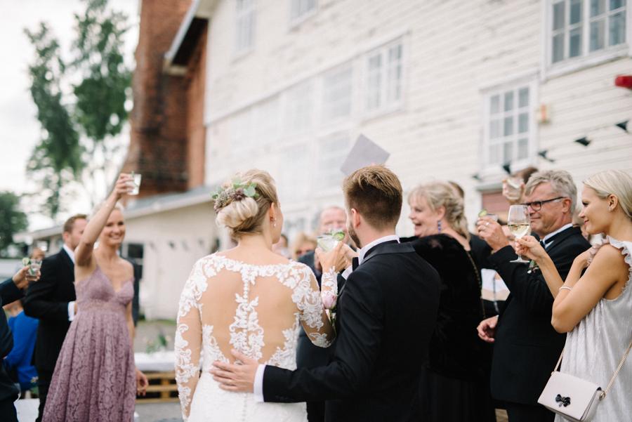 Anni&Karri's Seaside wedding at Ruissalon Telakka, Veneveistämö, Turku Hääkuvaus (136).jpg