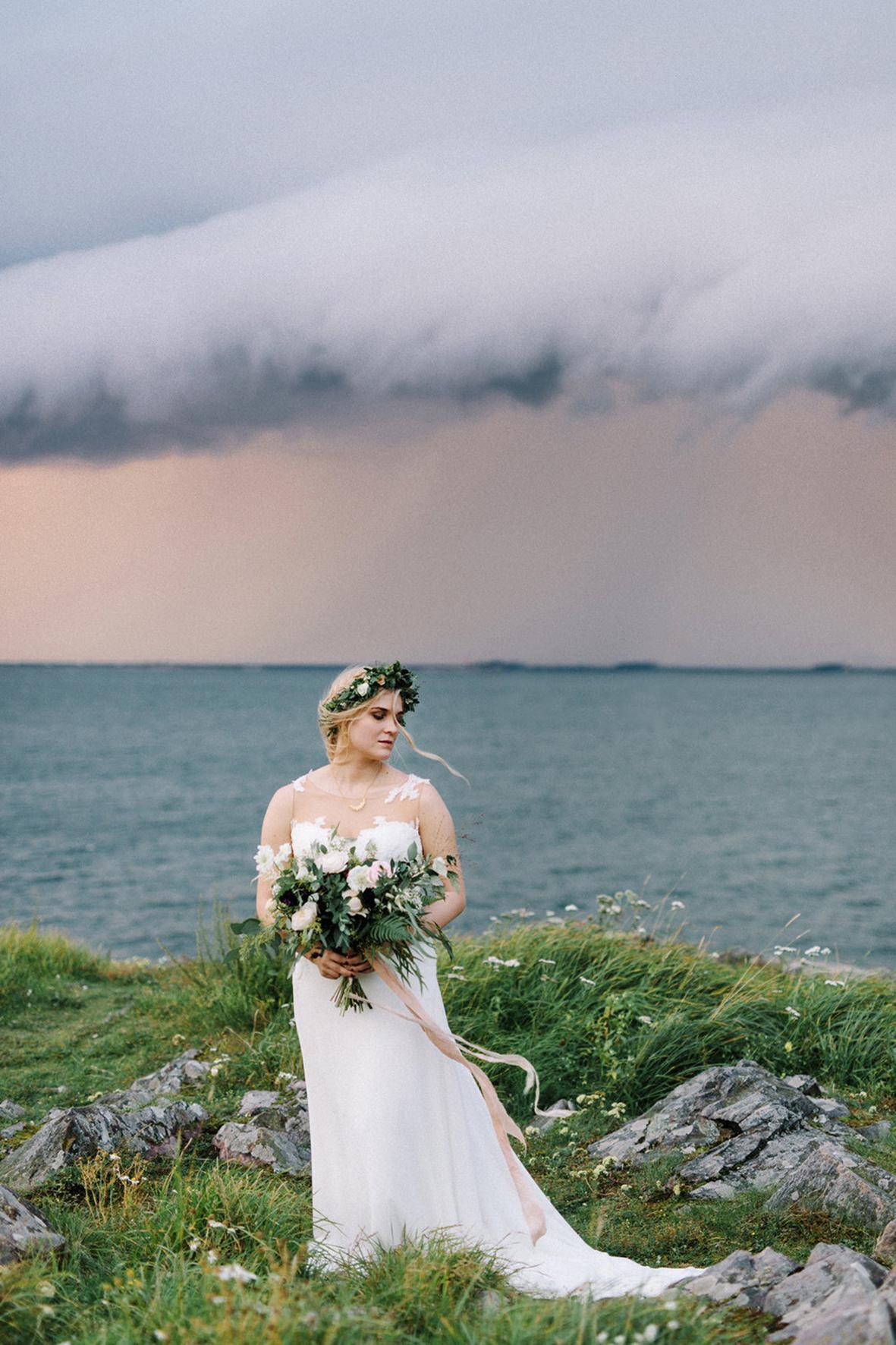 Hanna & Tommi's Indie Glam Wedding in Tenalji von Fersen, Suomenlinna