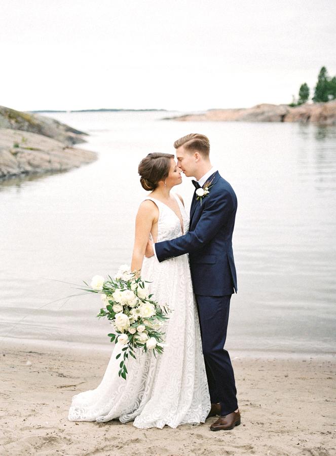 Nautical Inspired Wedding Shoot for Häät Magazine Nord & Mae Susanna Nordvall Hääkuvaus Hääkuvaaja Suomenlinna Helsinki (24).jpg