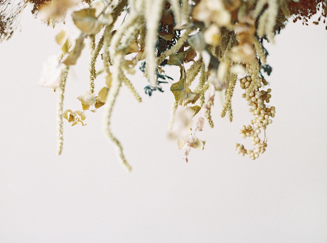 Bridal Inspiration, Wedding Bouquet, Hääkuvaus, Film Wedding Photographer, Table Setting Inspiration, Stationery, Dried Flowers, www.nordandmae.com, www.susannanordvall (24).jpg