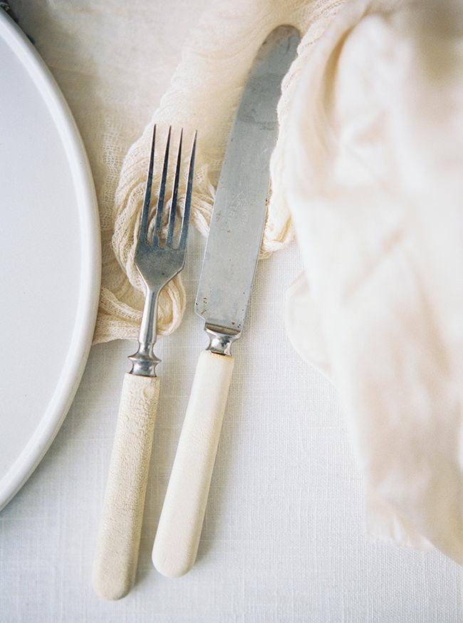 Bridal Inspiration, Wedding Bouquet, Hääkuvaus, Film Wedding Photographer, Table Setting Inspiration, Stationery, Dried Flowers, www.nordandmae.com, www.susannanordvall (31).jpg