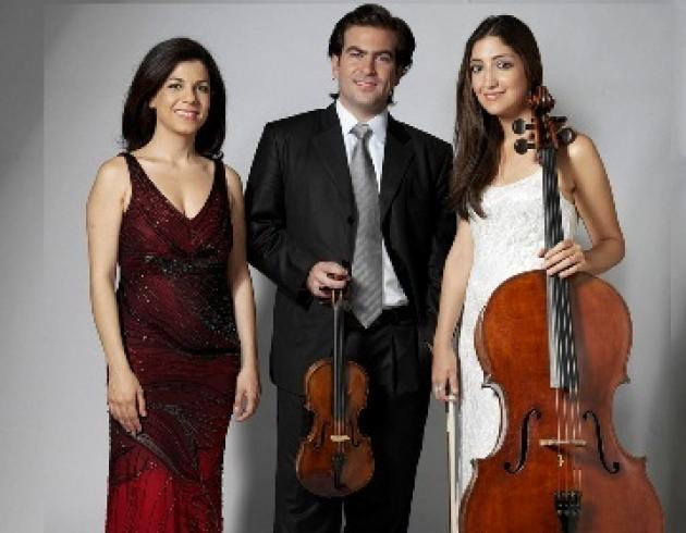 Click for information about Sima Trio