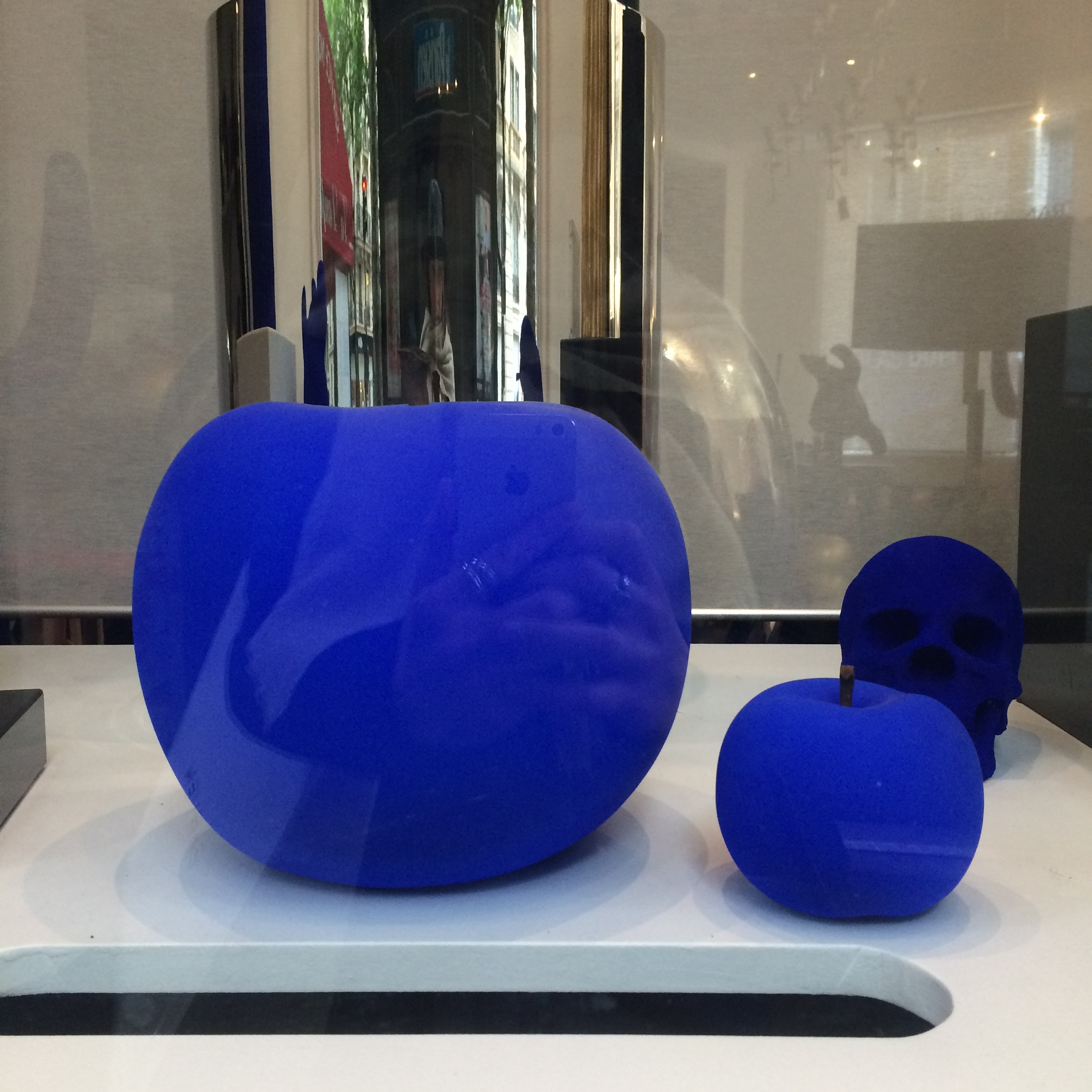 THE Real Yves Klein Blue!!!!