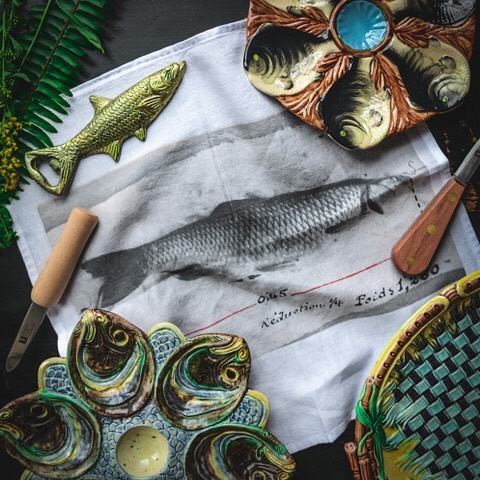 Wow ! Love this picture of our American clients @weston_table with our  fish napkins. #linen#lin#napkins#serviette#summer#oyster#huitre#fish#poisson#homeware#home#table#tableware#deco#decoration#vintage#interiordesign