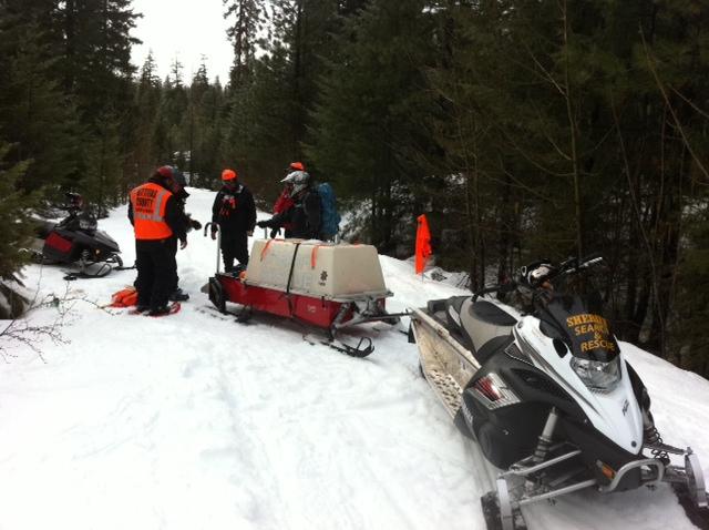Snowmoblie team