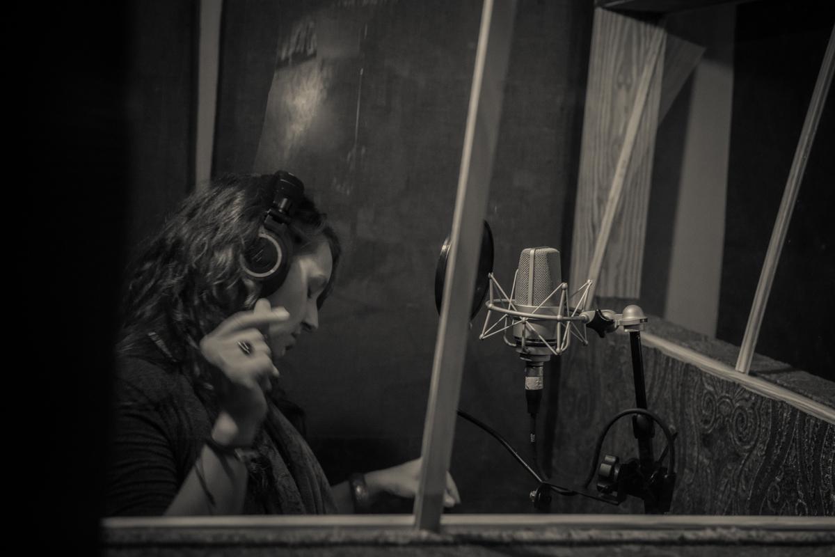 "Amanda Broadway - Recording ""Real Thing"" 