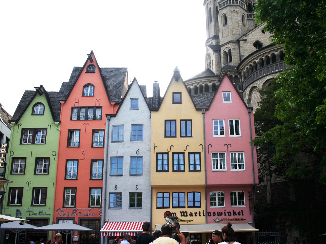 lovely colours in Cologne