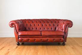The Vamp Rouge Sofa