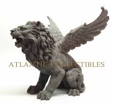 The fireplace guarded by the winged lion,