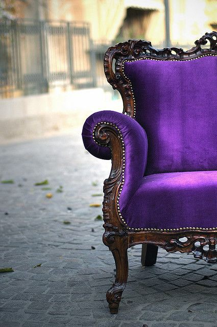 King Louis Purple Velvet Sofa,