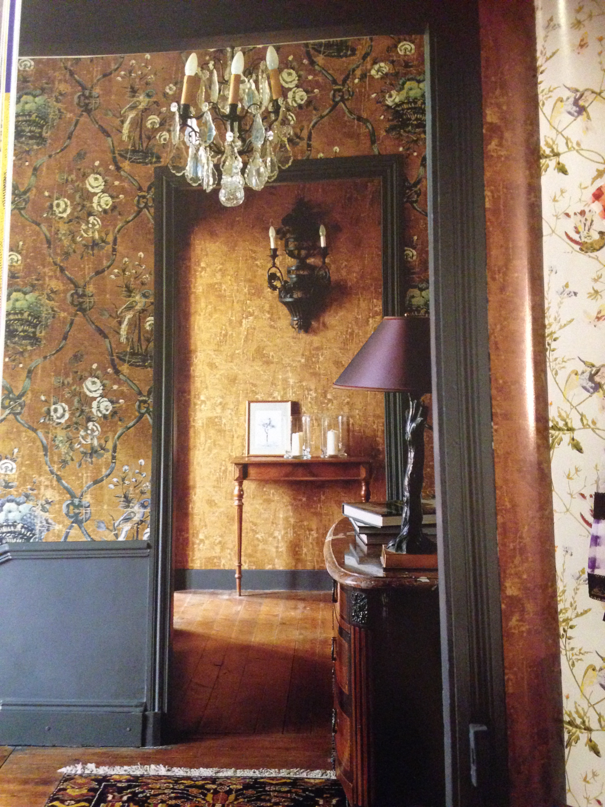 The wallpaper book 002.JPG
