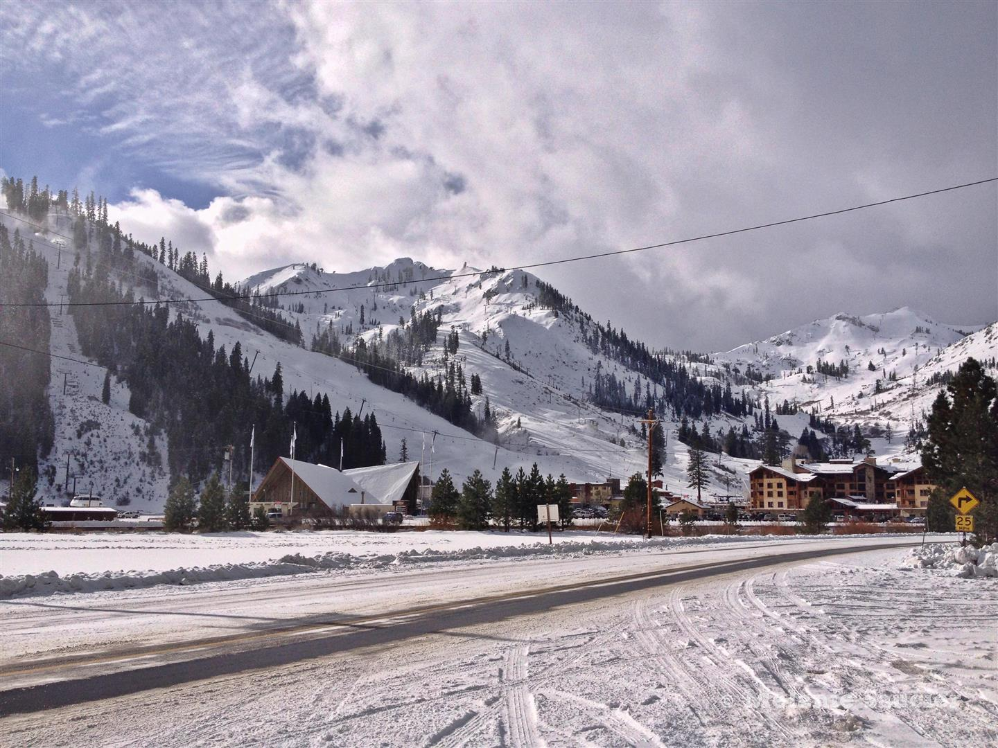 Squaw Valley-13 (Large).jpg