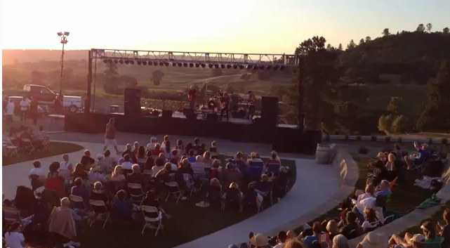 Summer Concert (picture from Helwig) - Concert d'été (photo de Helwig)