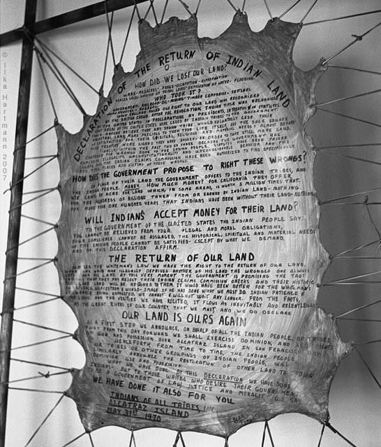 *The Indians Proclamation /  La proclamation des indiens, ilka hartmannphotography