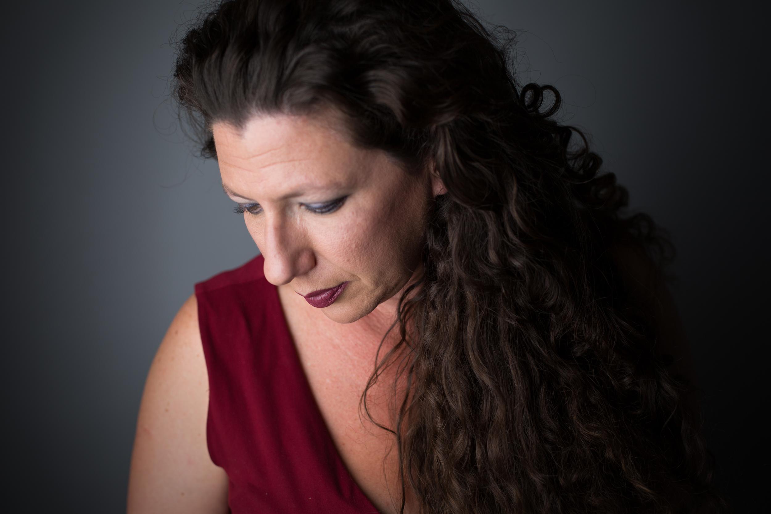 Beth Kates. Photo by Marc Betsworth