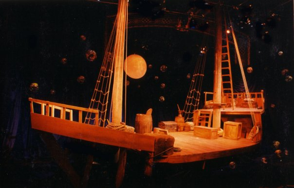 1492 by Theatre Columbus at the Factory Theatre 1992. Sets and Lights by Glenn Davidson. Photo by Glenn Davidson