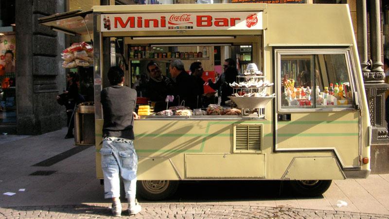 0704_Milan_truck2.jpg