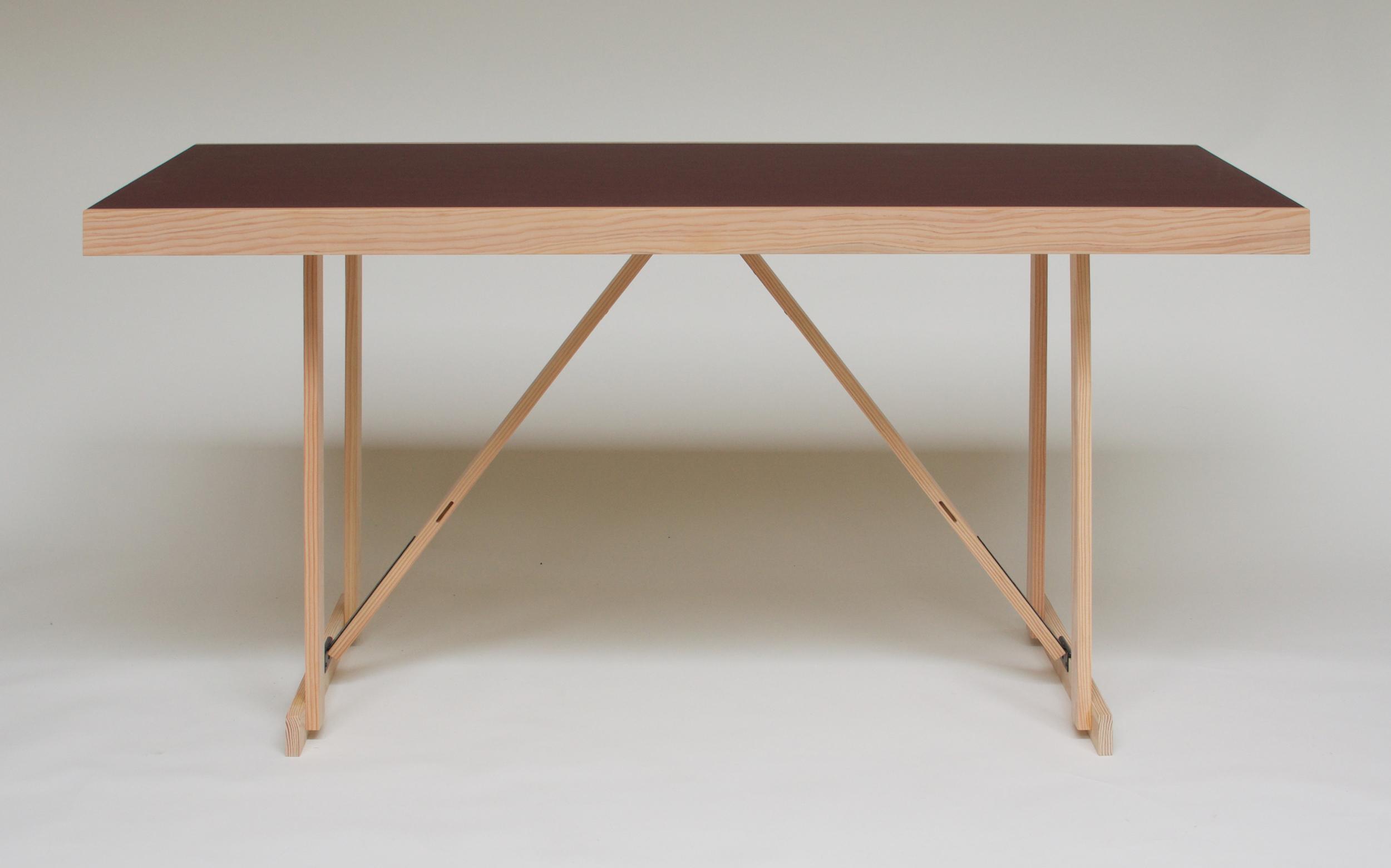Lino Folding Table 1