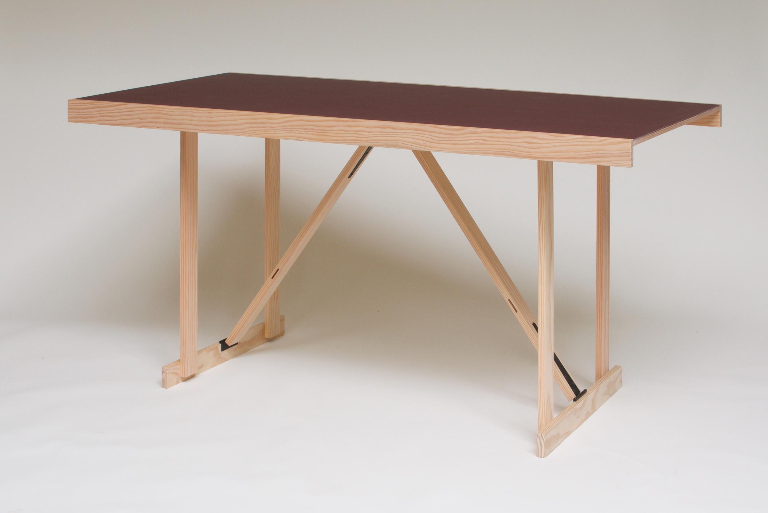 Lino Folding Table 2