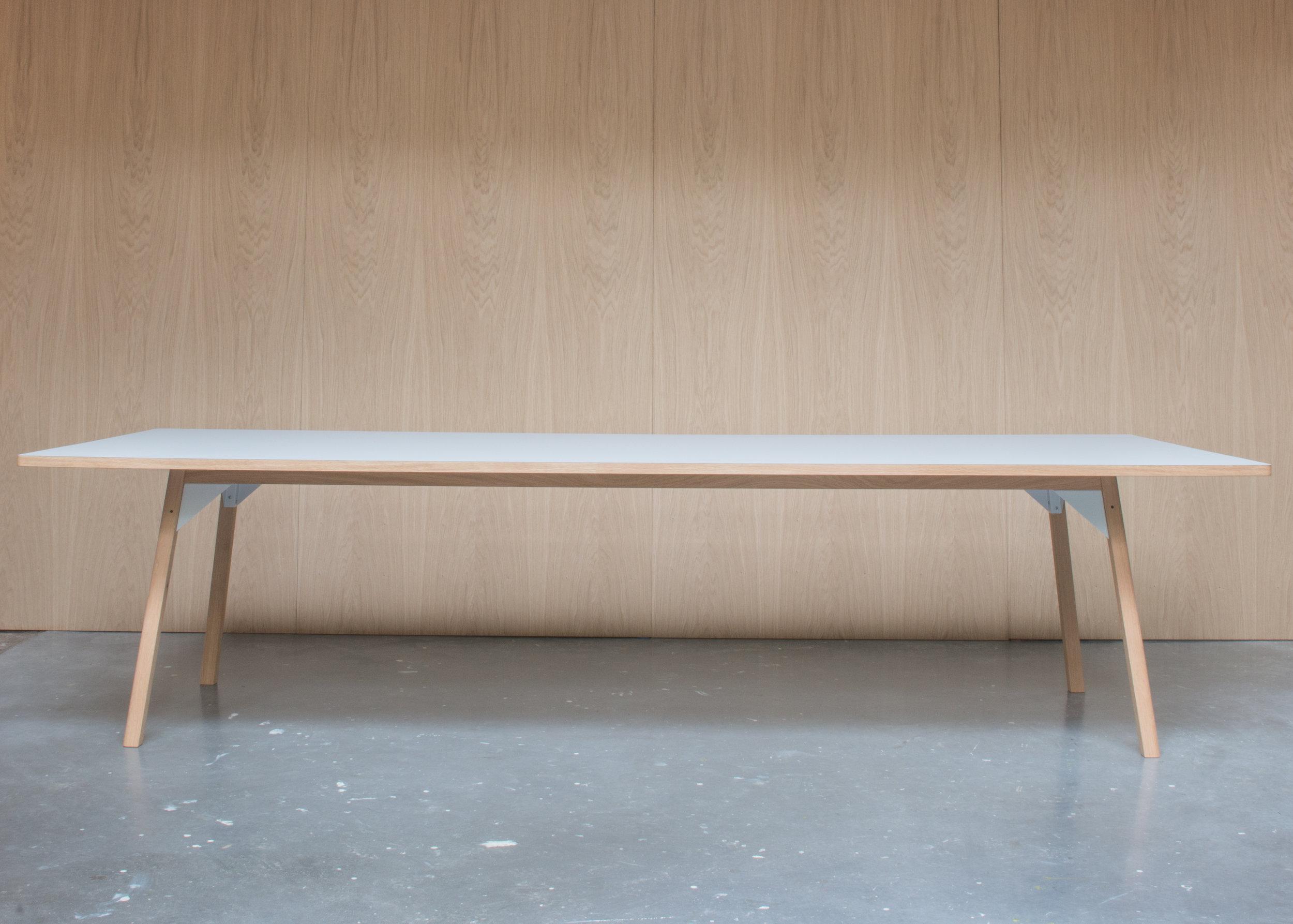 180424 Royal Holloway table-4510.jpg