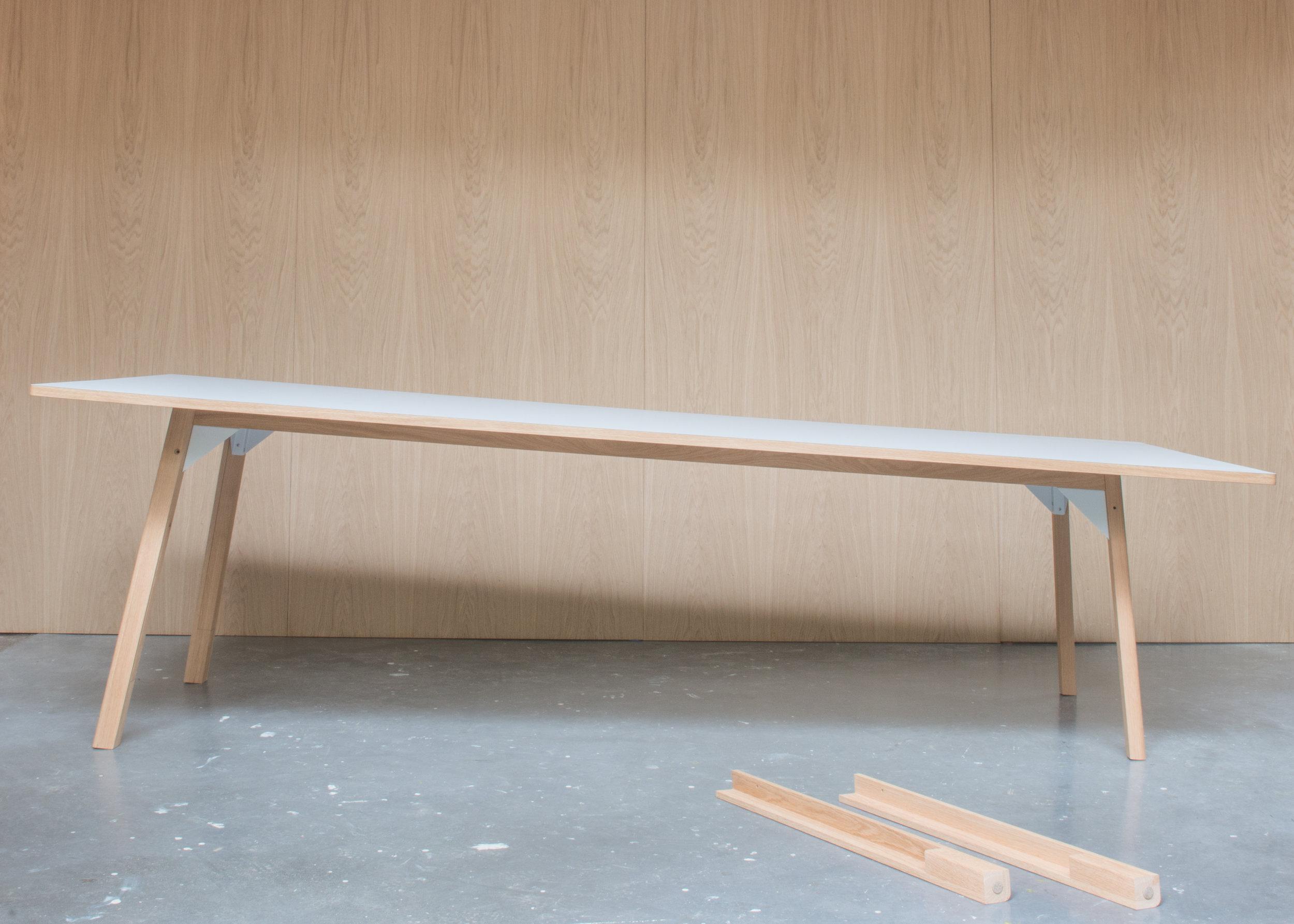 180424 Royal Holloway table-4513.jpg