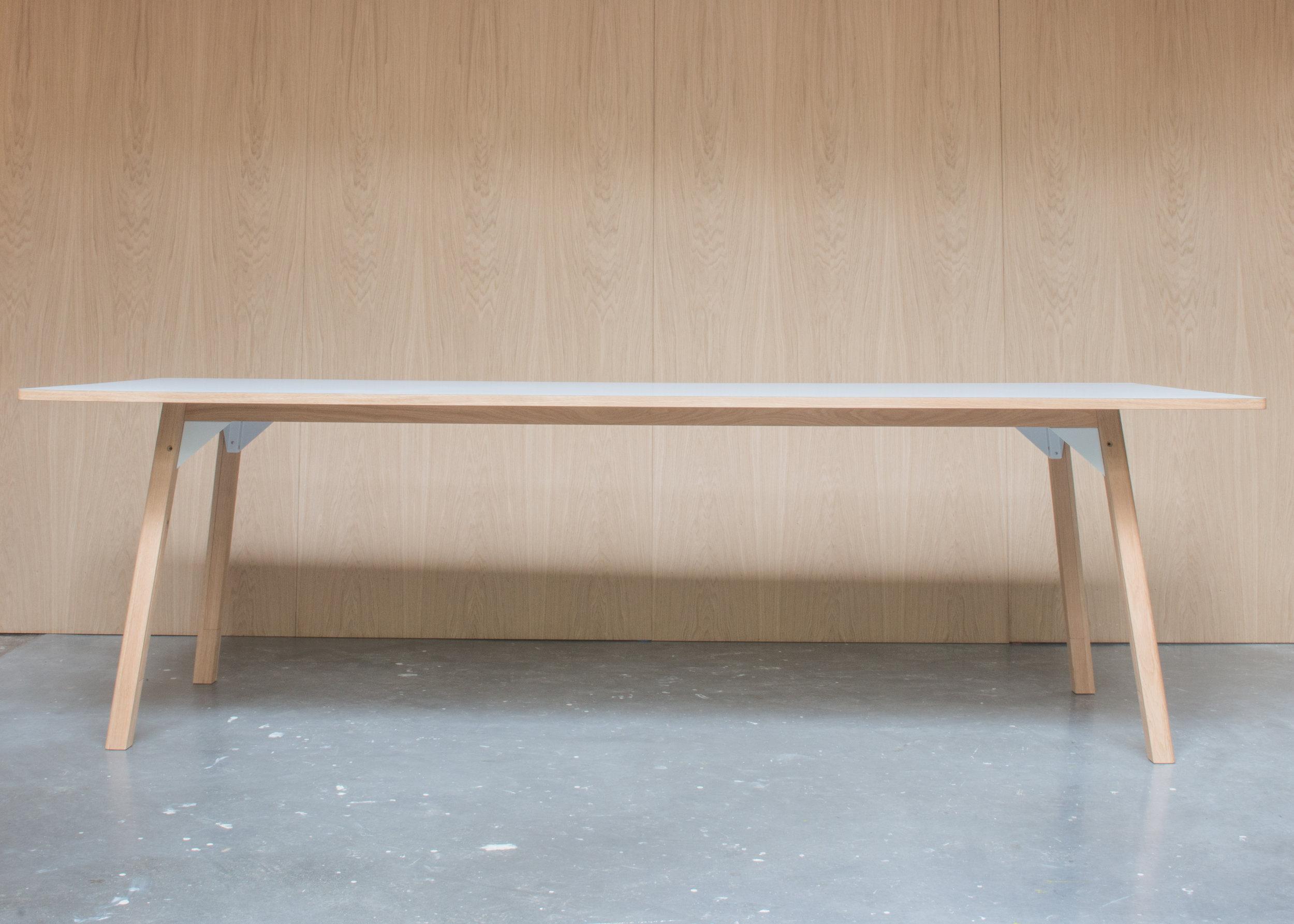 180424 Royal Holloway table-4514.jpg