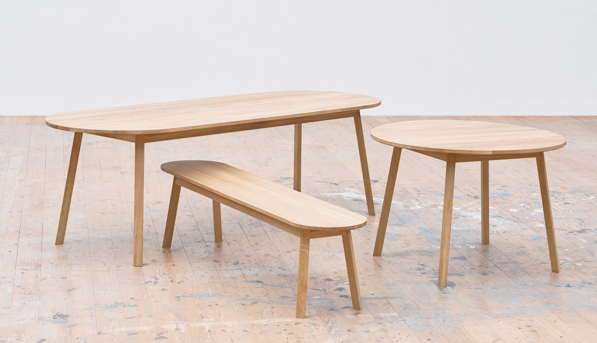 HAY - Triangle leg table