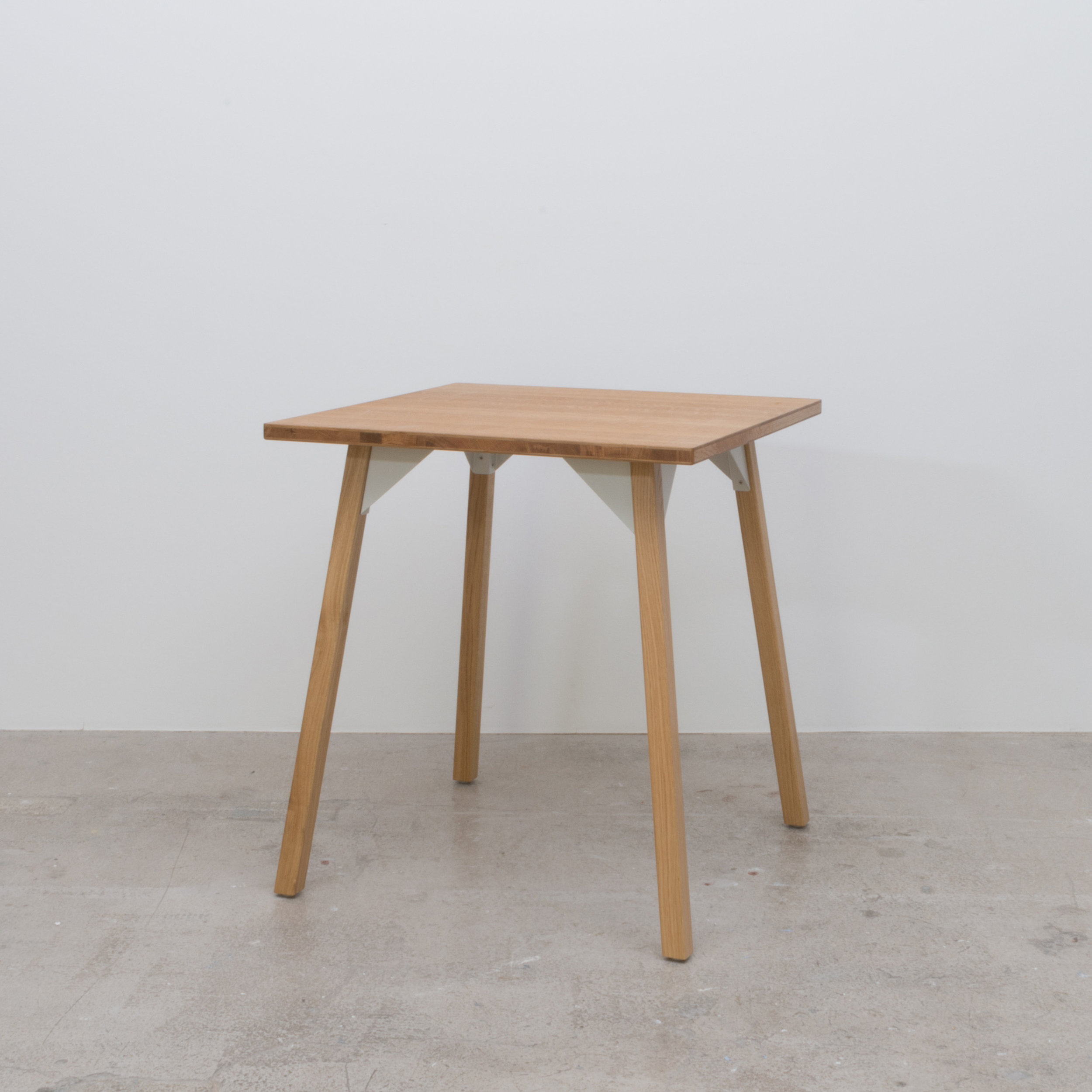 Oak Table 700 x 700 x740H
