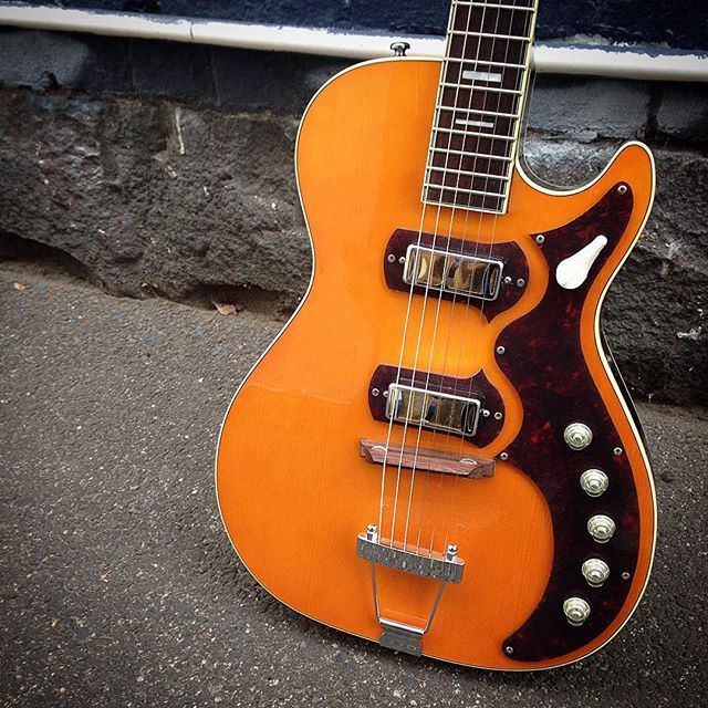 2009 Harmony M.I.K H49 Stratotone Jupiter #harmonyguitars #harmony #stratotone #jupiter #harmonystratotone #frettedinstruments #melbourne