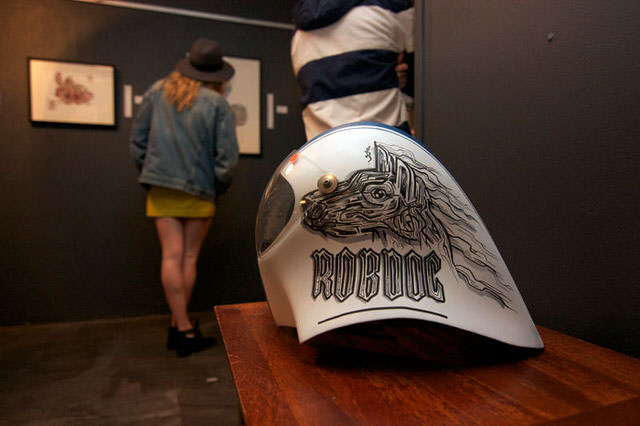 robdog-rob-mcwhinnie-cusotm-art-design-graphic-helmet-artwork-sydney-illustation-artist-sam-shennan-ud3-theud3-samshennan-dog-skull-cloud-speedstripe-stars-handpainted-hand-paint4.jpg