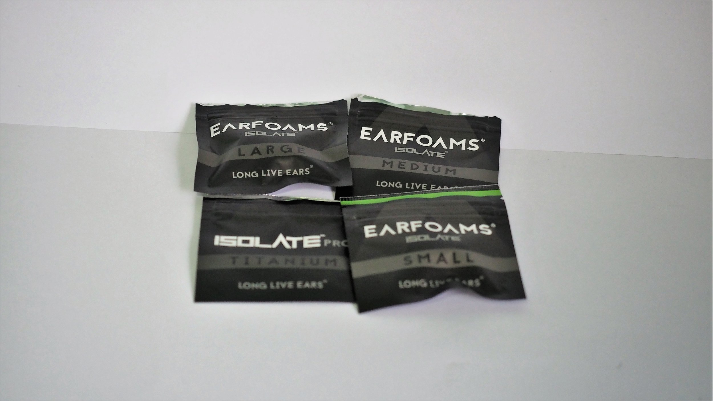 Good selections of ear tip sizes for user to choose from