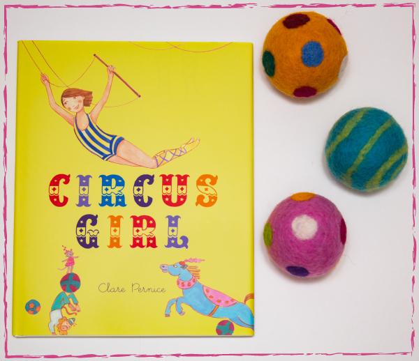 clarepernice-shop-photo-book-with-3-balls-1.jpg
