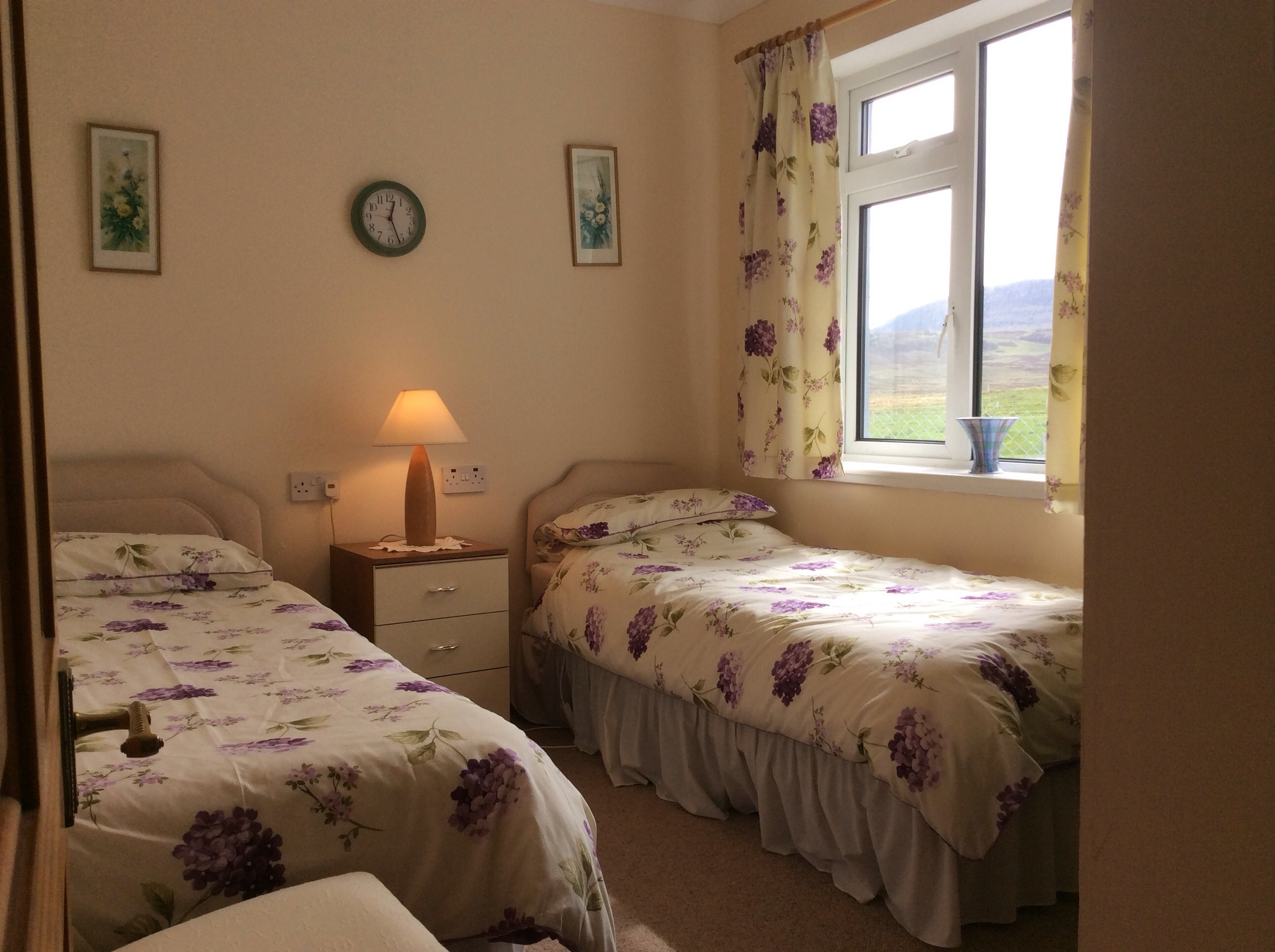 The twin bedroom, looking out towards Creag Sniodhasdal.