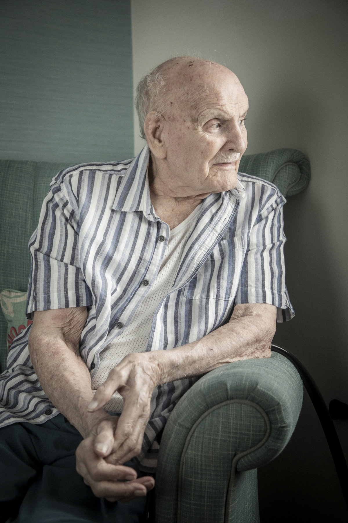 London_Portrait_Photographer_Editorial_Hallmark_Carehome_Magazine_On_Location.jpg