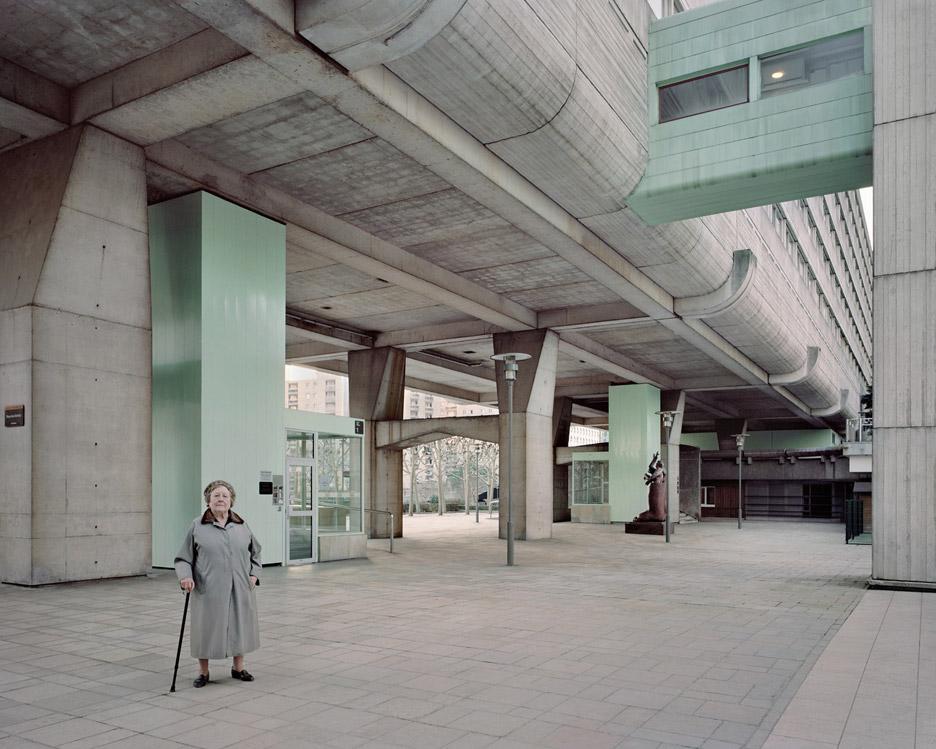Laurent-Kronental_Souvenir-d-un-Futur_dezeen_936_4.jpg