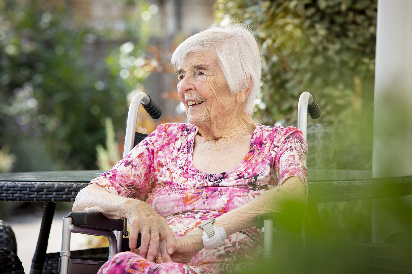 London_Portrait_Photographer_Editorial_Hallmark_Carehome_Magazine_Eileen_Webster_0002.jpg