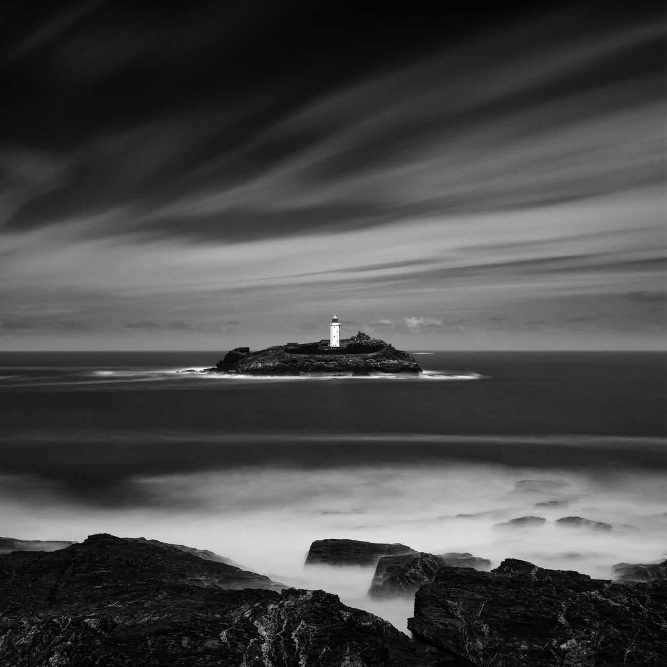 lighthouse_bw.png