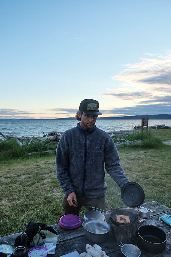 making salmon for dinner