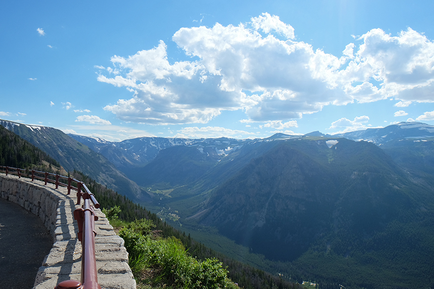 looking south over Yellowstone