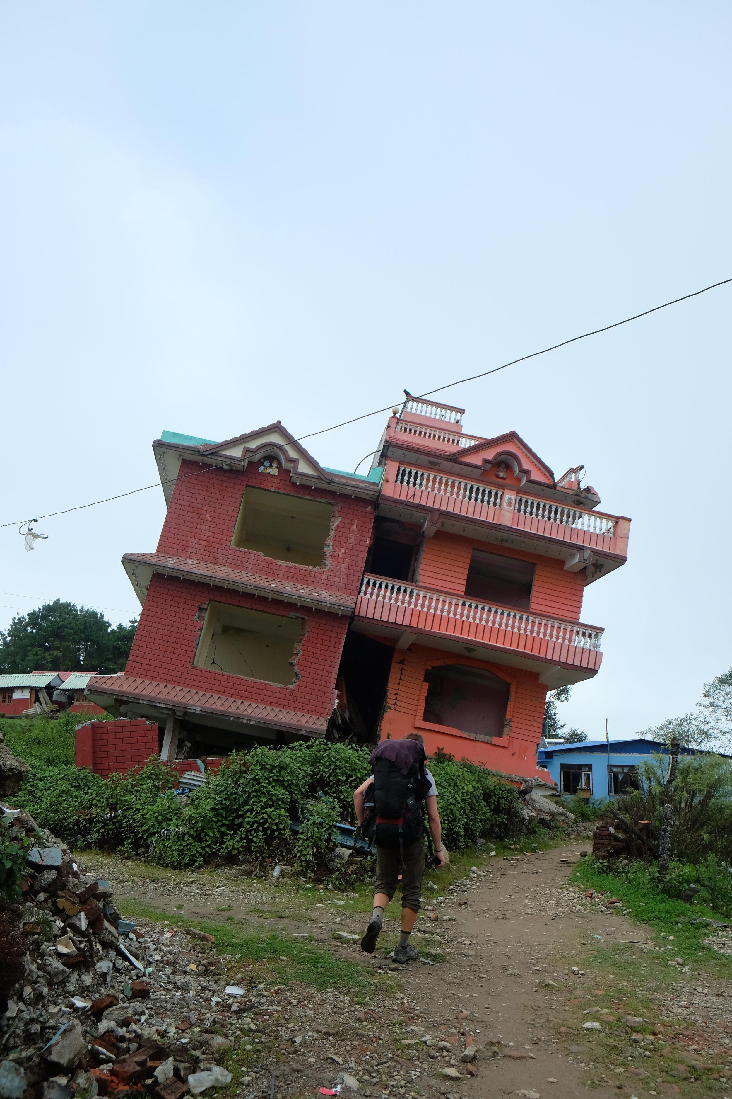 Earthquake damage in Chisapani
