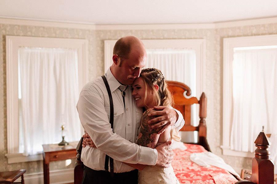 Of+Good+Stock+whimsical+western+alexander+majors+house+kc+wedding.jpg