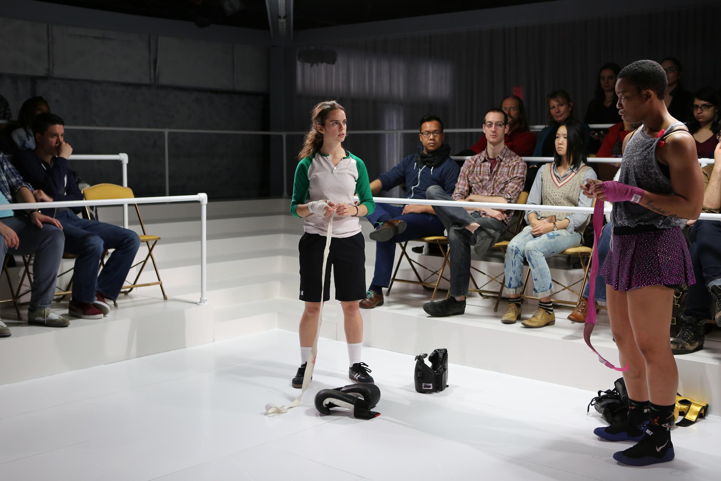 Director : Scott Illingsworth  Set : Felicitas Lamenca  Costumes : Joseph Blaha  Photo : Ella Bromblin