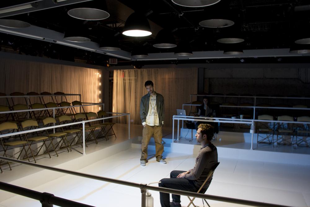 Director : Scott Illingsworth  Set : Felicitas Lamenca  Costumes : Joseph Blaha  Photo : Vadim Ledvin