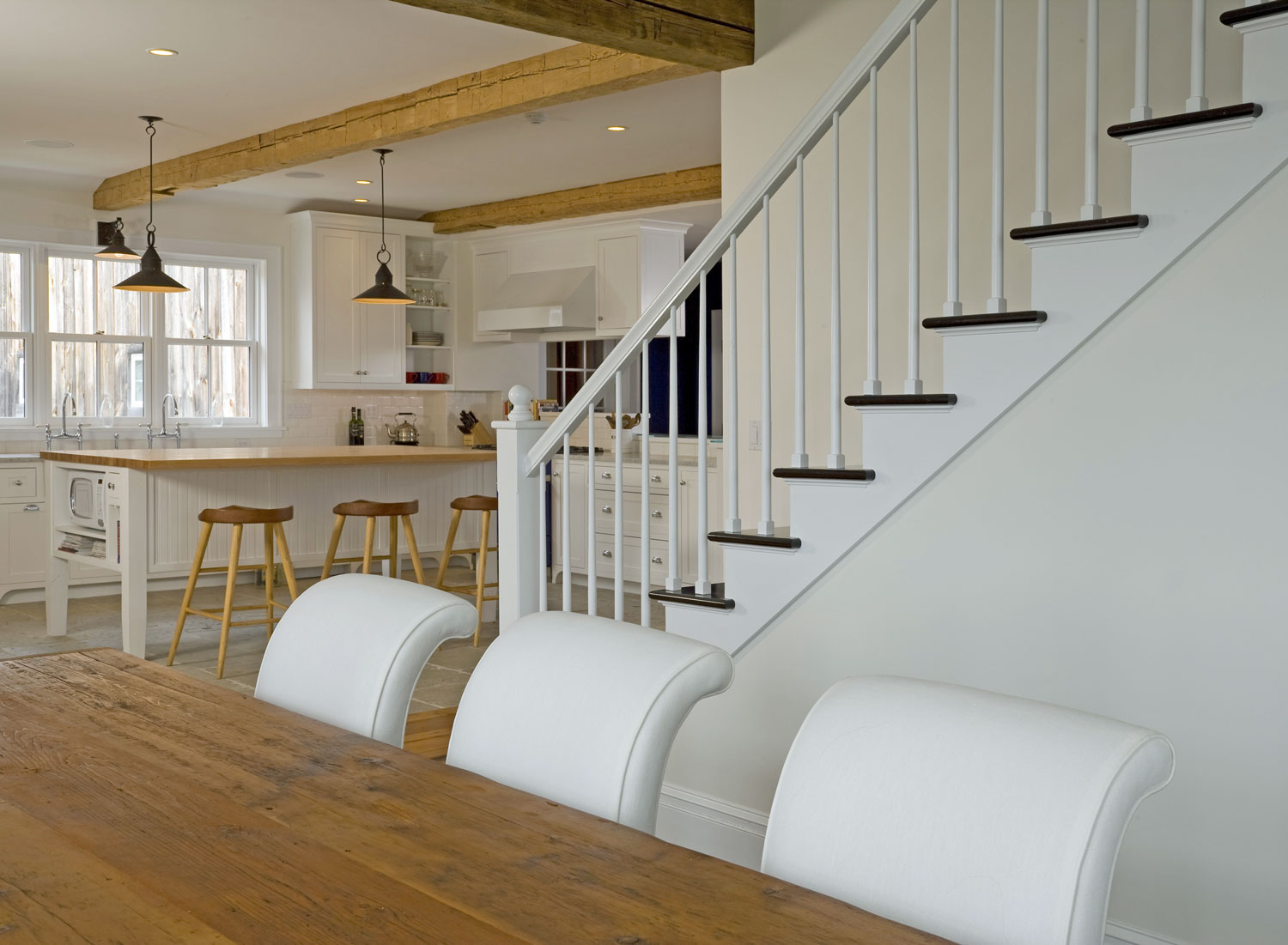 Design-Build-Dining-Room-Stair-well.jpg