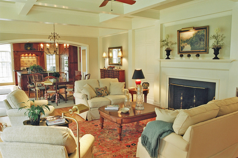 traditional-living-room-design-build-Lewis.jpg