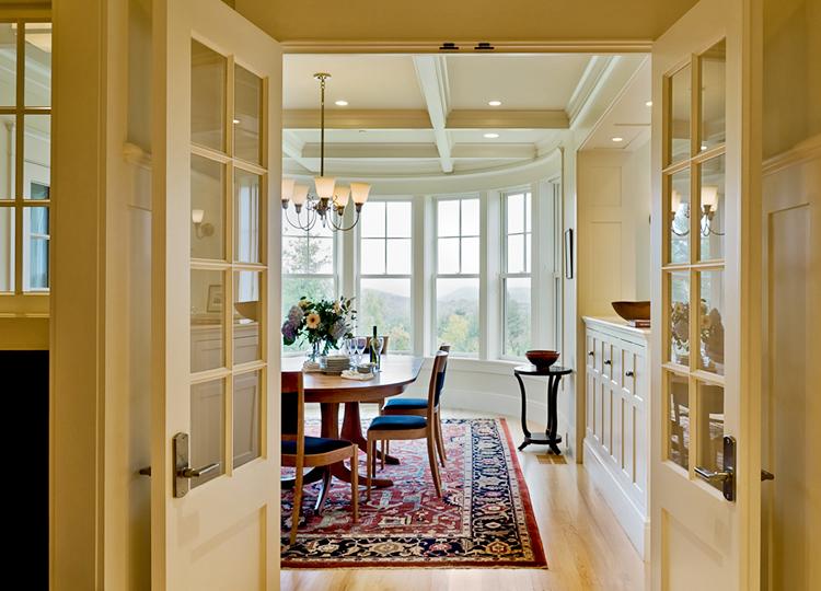 Doors-into-dining-room--copy.jpg