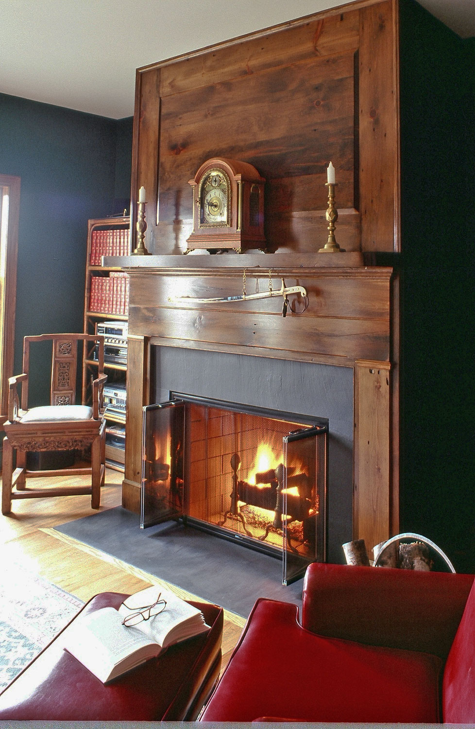 Fireplace-wood-surround-traditional-.jpg
