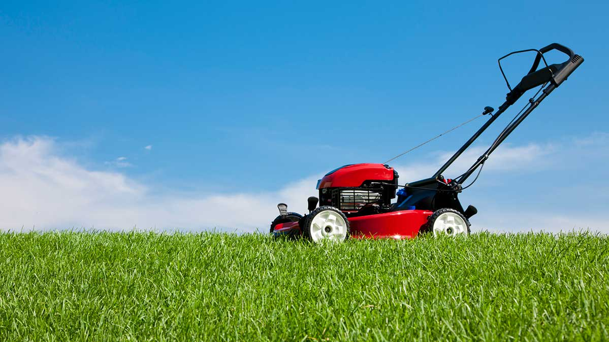 CR-Home-Inlinehero-mower-reliability-0419.jpg