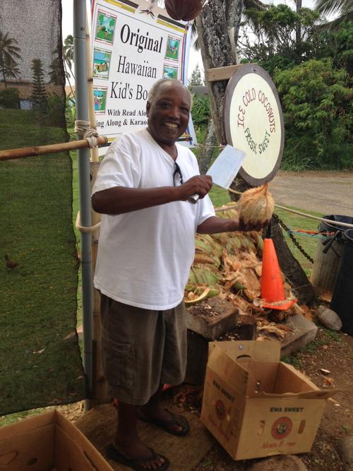 09/2013 Hawaiian Coconut Juice Vendor